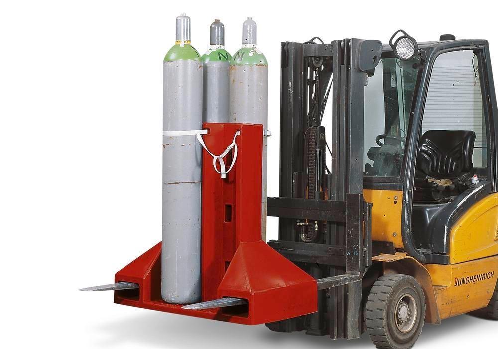 Gasflasker i specialpalle til transport