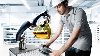 Robotter uden indhegning skal også være sikre – hos Pilz er vi eksperter i sikkerhed!