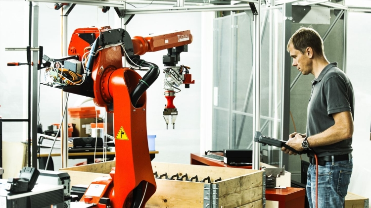 Analyse: Danske virksomheder lukker robotterne ind