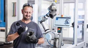 Universal Robots øger løfteevnen markant på ny cobot